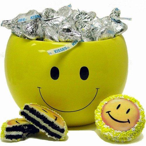 儿童节礼物—微笑亲吻的陶瓷罐子